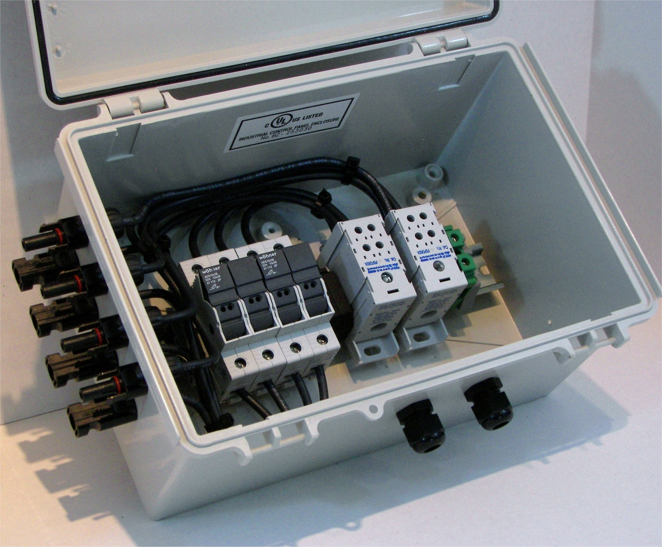 Pre-wired Solar Power Combiner Box